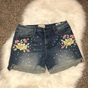 Driftwood Embroidered and Pearl Shorts